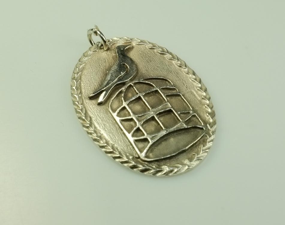 Alter silber anh nger taube auf k fig skandinavien jewelry for Uhren skandinavien